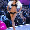 Adriana Lima – 2 Sexy Shadow Dreams – Victoria's Secret Fashion Show 2005 [x 49]