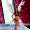 Alessandra Ambrosio – 2 Coquettish Fetish – Victoria's Secret Fashion Show 2006