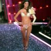 Jeisa Chiminazzo – 2 Coquettish Fetish – Victoria's Secret Fashion Show 2006 [x 13]