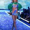 Raquel Zimmerman – 3 Come Fly With Me – Victoria's Secret Fashion Show 2006 [x 18]
