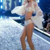 Heather Marks – 6 Winter Wonderland of Glacial Goddeses – Victoria's Secret Fashion Show 2006 [x 18]