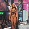 Julia Stegner – 1 Blade Runner – Victoria's Secret Fashion Show 2007 [x 12]
