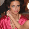 Adriana Lima – Backstage – Victoria's Secret Fashion Show 2007