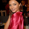 Miranda Kerr – Backstage – Victoria's Secret Fashion Show 2007 [x 72]