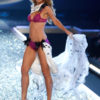 Heidi Klum – 5 Sureally Sexy – Victoria's Secret Fashion Show 2007 [x 63]